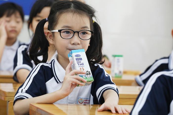 Hơn 1 triệu trẻ em Hà Nội được thụ hưởng Sữa học đường - Ảnh 3.