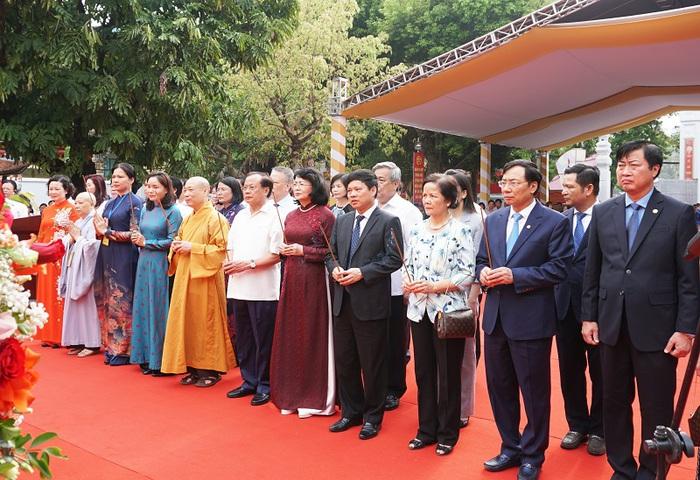 Lễ đón nhận Bằng di tích Quốc gia đặc biệt đền-chùa-đình Hai Bà Trưng - Ảnh 2.