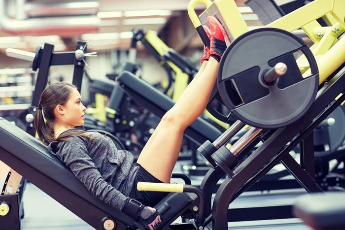 Miu Lê tập đúng cách giúp cơ thể săn chắc, chị em đừng nghĩ cứ đến gym là đô con - Ảnh 11.