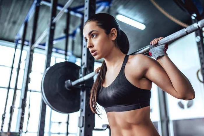 Miu Lê tập đúng cách giúp cơ thể săn chắc, chị em đừng nghĩ cứ đến gym là đô con - Ảnh 10.
