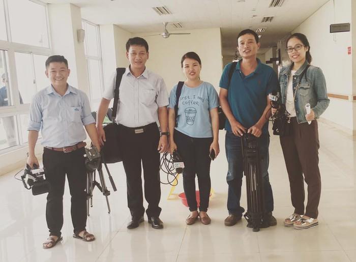 Tình yêu nghề của nữ nhà báo quê ở Quảng Nam - Ảnh 3.