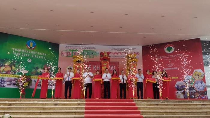 150 gian hàng góp mặt tại Tuần hàng Việt thành phố Hà Nội 2020 - Ảnh 1.