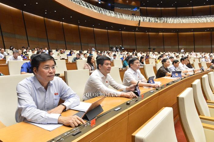 Quốc hội thống nhất bổ sung hơn 23.000 tỷ đồng ngân sách làm 3 đoạn cao tốc Bắc – Nam - Ảnh 1.