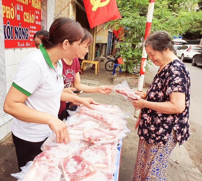 Thị trường thịt lợn bắt đầu hạ nhiệt - Ảnh 3.