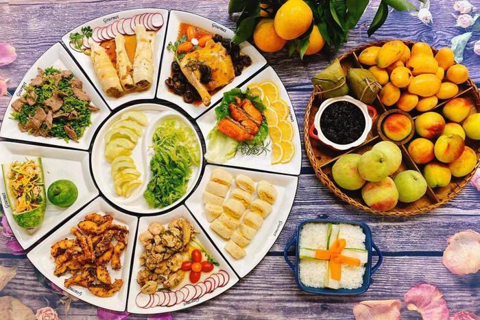 Gợi ý mâm cỗ cúng Tết Đoan Ngọ đủ món ngọt, mặn linh đình cho chị em - Ảnh 2.