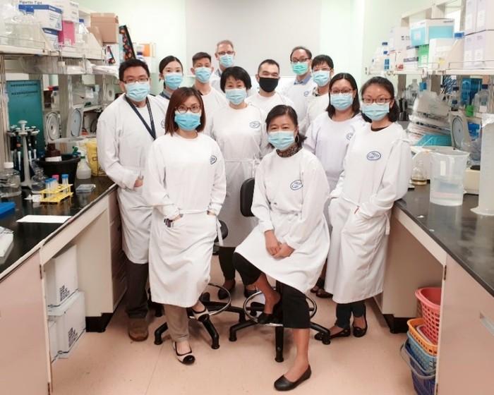 Singapore điều trị bằng kháng thể có khả năng ngăn bệnh nhân Covid-19 trở nặng - Ảnh 1.
