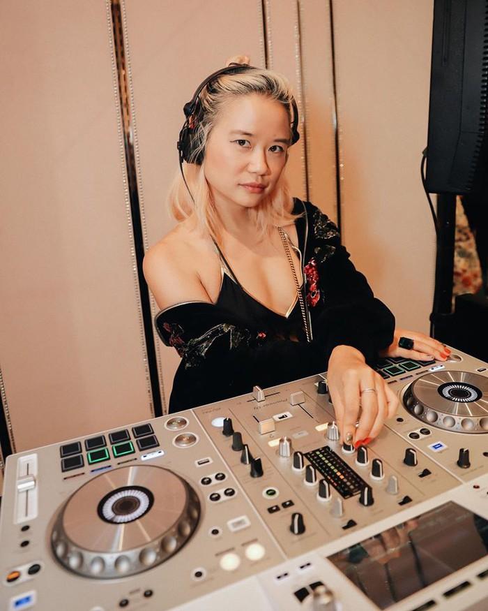 Câu chuyện về nữ DJ tài năng Đức yêu giá trị văn hóa gia đình Việt - Ảnh 2.