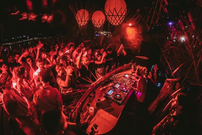 Câu chuyện về nữ DJ tài năng Đức yêu giá trị văn hóa gia đình Việt - Ảnh 4.