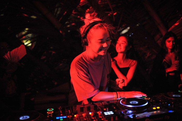Câu chuyện về nữ DJ tài năng Đức yêu giá trị văn hóa gia đình Việt - Ảnh 3.