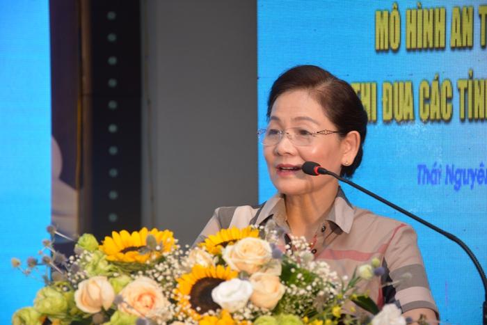 """Thái Nguyên tổ chức giao lưu, chia sẻ kinh nghiệm mô hình """"Phụ nữ thực hiện an toàn thực phẩm"""" - Ảnh 1."""