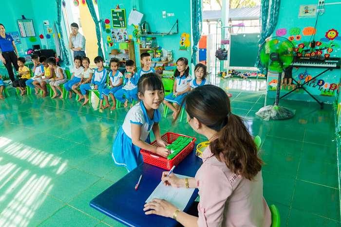 Thêm nhiều niềm vui đến lớp cho trẻ với giờ uống sữa học đường - Ảnh 10.