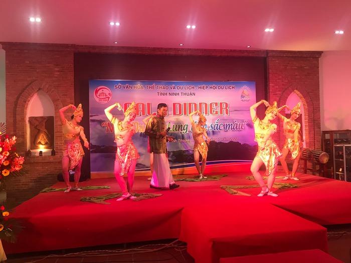 Ninh Thuận đẩy mạnh kích cầu du lịch nội địa - Ảnh 4.