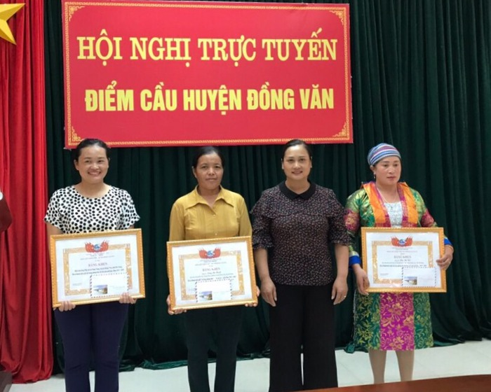 Hà Giang: Vinh danh 53 tập thể, cá nhân phụ nữ tiêu biểu trong phong trào Thi đua yêu nước - Ảnh 3.