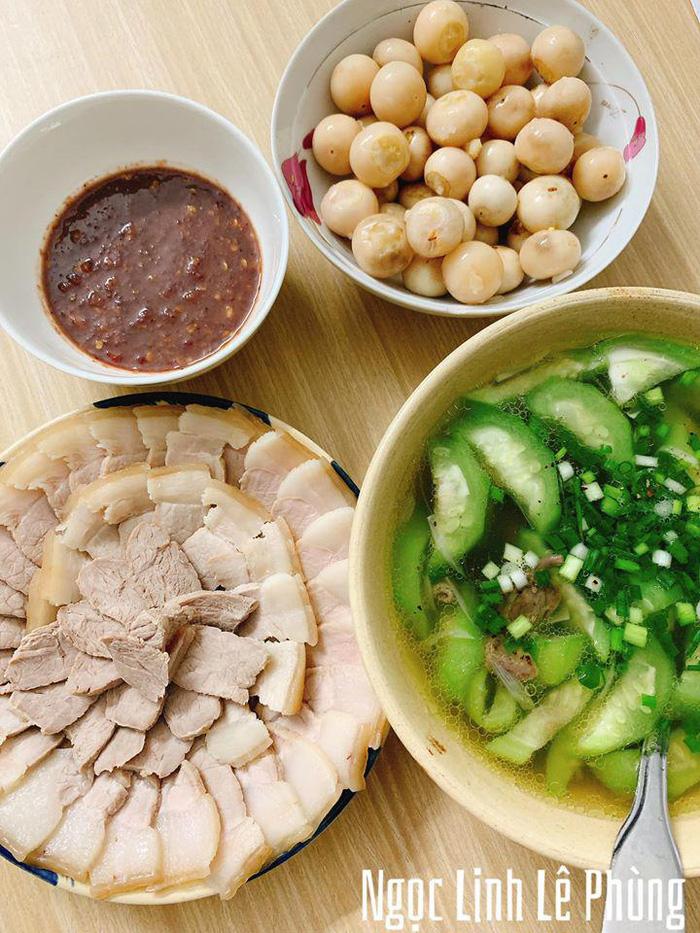 9X Gia Lai nấu đủ 3 món ngon/bữa, dân mạng đòi đến ở cùng - Ảnh 11.
