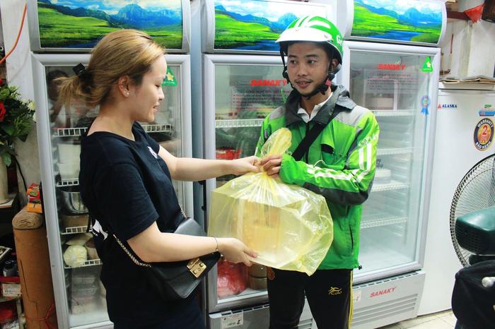 Sinh viên Học viện Ngân hàng thu 200 triệu đồng/tháng nhờ bán bánh online - Ảnh 2.