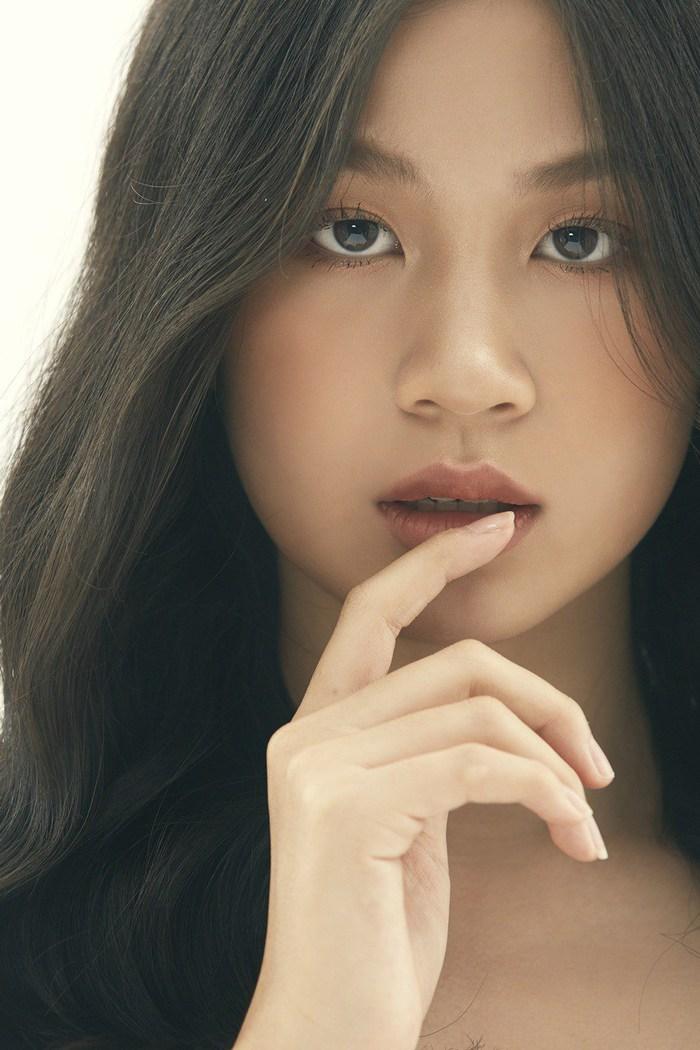 """Là """"tiểu thư"""" nhà nữ giám đốc âm nhạc Giọng hát Việt, cô bé 15 tuổi này ngày càng thần thái - Ảnh 2."""