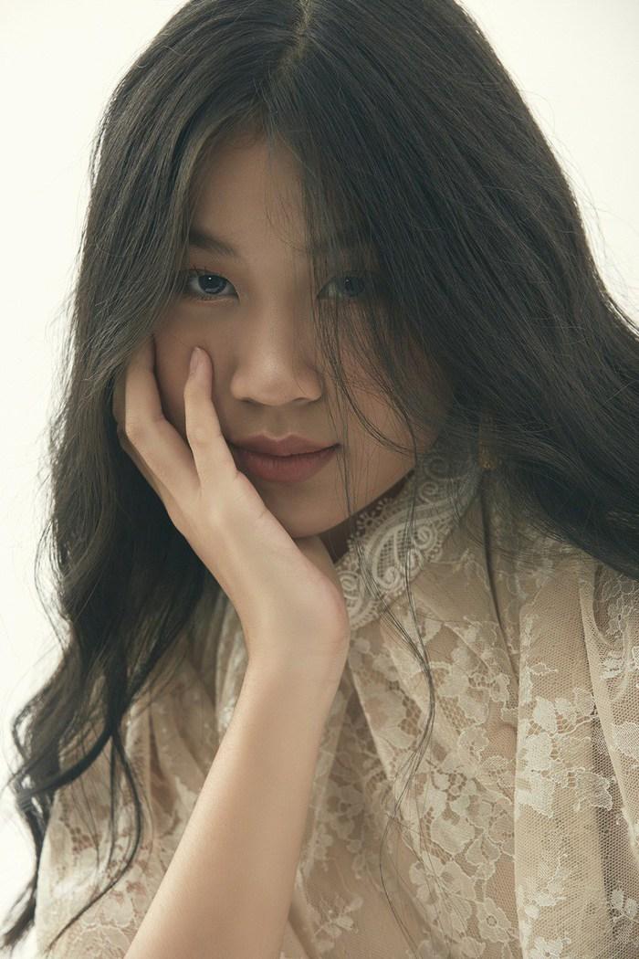 """Là """"tiểu thư"""" nhà nữ giám đốc âm nhạc Giọng hát Việt, cô bé 15 tuổi này ngày càng thần thái - Ảnh 7."""