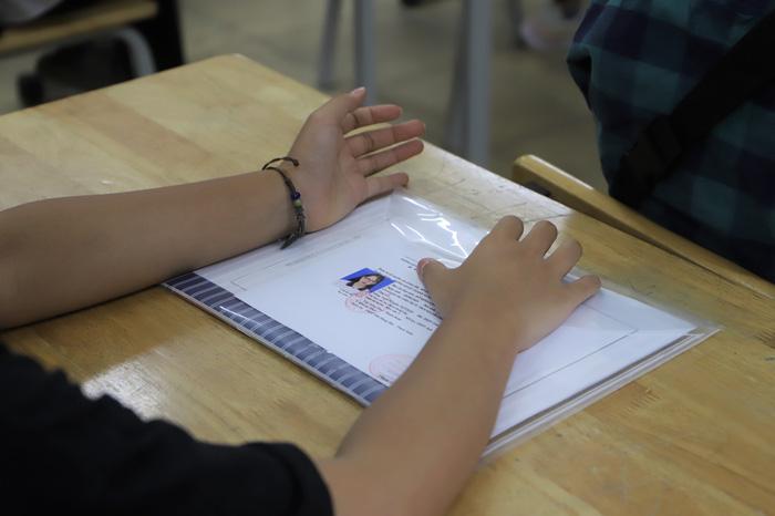 Gần 89.000 học sinh Hà Nội làm thủ tục dự thi vào lớp 10 THPT - Ảnh 4.