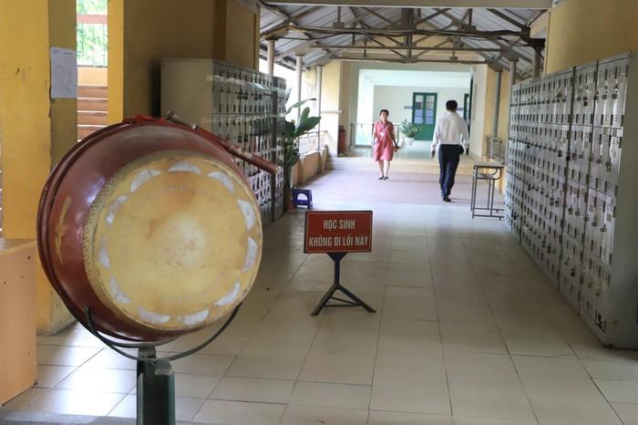 Gần 89.000 học sinh Hà Nội làm thủ tục dự thi vào lớp 10 THPT - Ảnh 6.