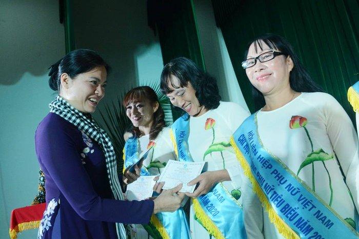 Tôn vinh 65 Chi hội trưởng phụ nữ tiêu biểu đồng bằng sông Cửu Long - Ảnh 1.