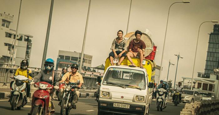 Đạo diễn Trần Thanh Huy 7 năm theo đuổi phim về những đứa trẻ đường phố - Ảnh 1.