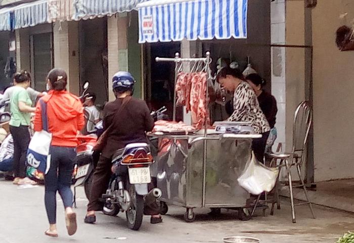 """Làm sao để người dân """"bữa cơm có thịt lợn""""?  - Ảnh 1."""
