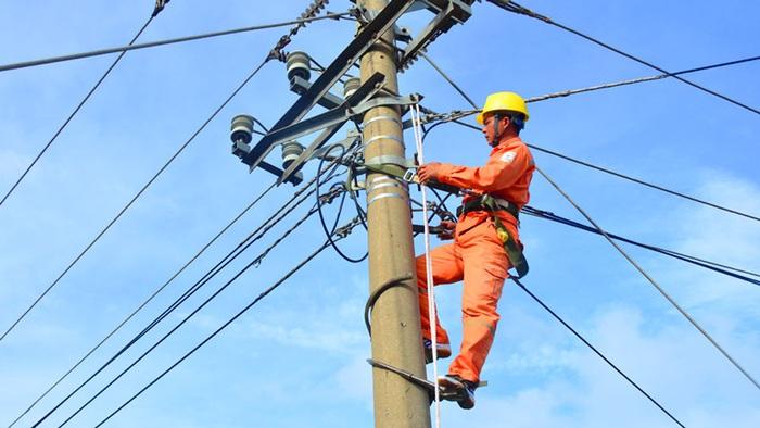 Điện lực Hoàn Kiếm nói gì về việc khách hàng khởi kiện yêu cầu minh bạch trong tính số điện - Ảnh 1.