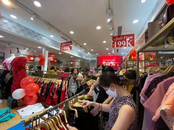 Thời trang công sở giảm giá tới 70% trong Tháng khuyến mại tập trung quốc gia 2020 - Ảnh 1.