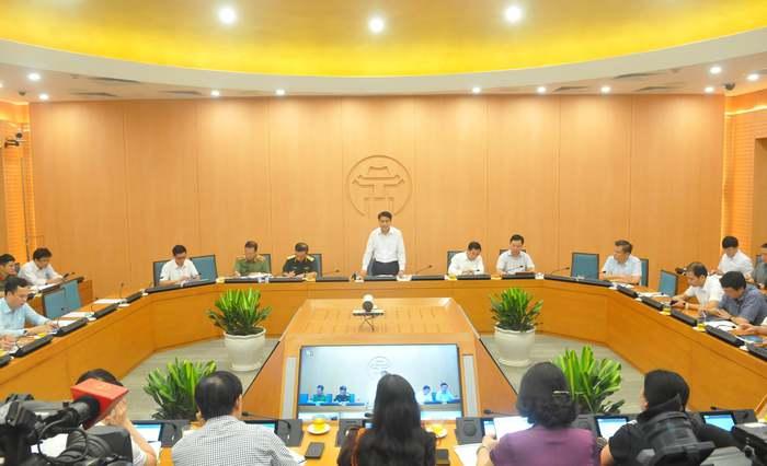 """Hơn 53.000 người ở Hà Nội đăng ký xét nghiệm Covid-19: """"Người dân cần hết sức bình tĩnh"""" - Ảnh 1."""