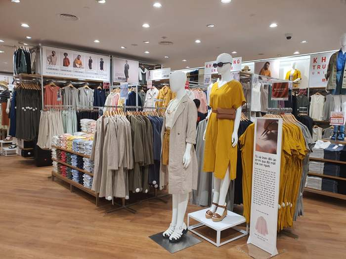 Thời trang Nhật Bản giảm giá còn 49.000 đồng - Ảnh 1.