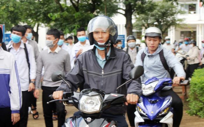 Gia Lai: Cán bộ xã thi tốt nghiệp THPT để chuẩn hóa bằng cấp