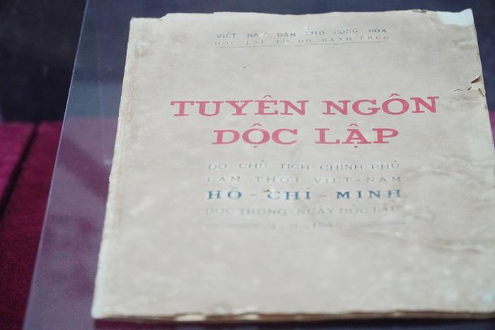Chiêm ngưỡng những hiện vật gắn liền với ngày nước Việt Nam Dân chủ Cộng hòa được khai sinh - Ảnh 8.