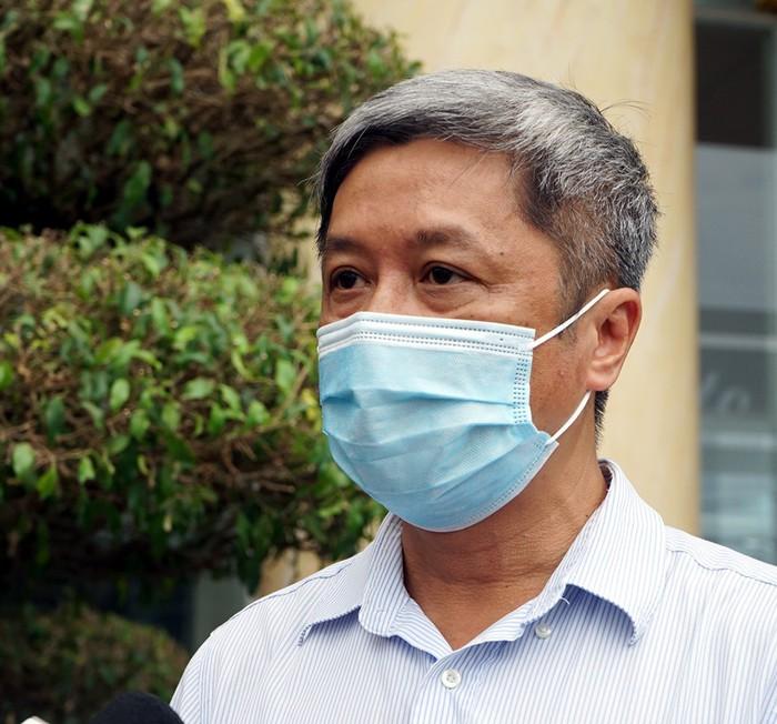 Thứ trưởng Bộ Y tế: Lòng tôi như xát muối khi phải công bố thông tin bệnh nhân tử vong do COVID-19 - Ảnh 2.