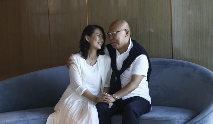 Teresa Tam và chồng, Akio Nishida, tháng 7/ 2020. Ảnh: Jonathan Wong