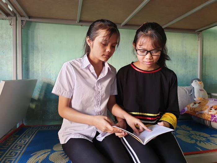 Kỳ thi THPT quốc gia: Cô học trò khuyết tật người Jrai với ước mơ làm cô giáo - Ảnh 1.