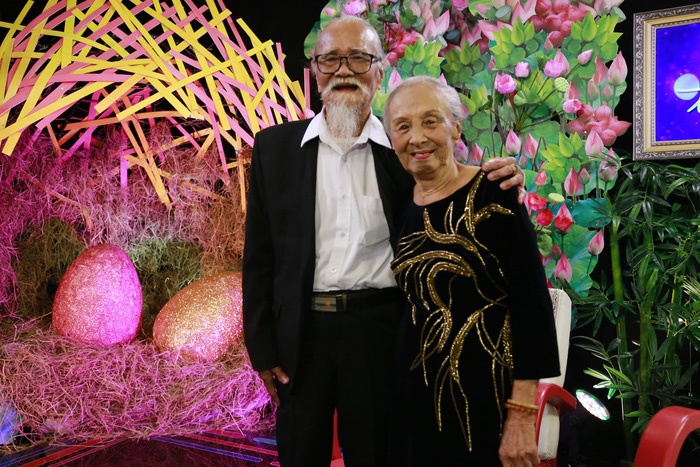 Nghệ sĩ Hữu Thành: 61 năm hai vợ chồng chưa bao giờ nặng lời hay cãi vã - Ảnh 1.