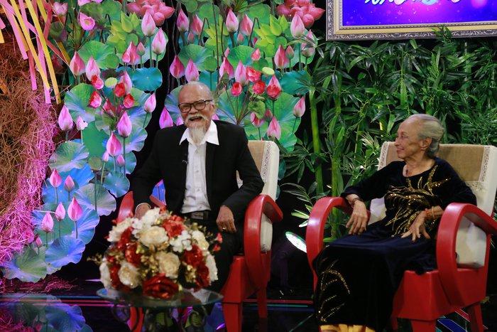Nghệ sĩ Hữu Thành: 61 năm hai vợ chồng chưa bao giờ nặng lời hay cãi vã - Ảnh 4.