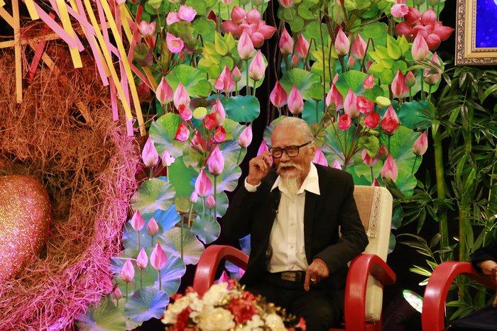 Nghệ sĩ Hữu Thành: 61 năm hai vợ chồng chưa bao giờ nặng lời hay cãi vã - Ảnh 3.