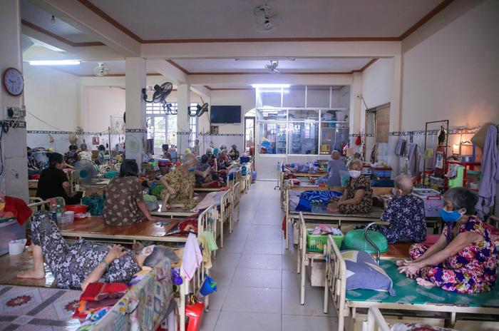 """NutiFood trao tặng 3,5 triệu sản phẩm trị giá 30 tỷ đồng cho chương trình """"Sức mạnh Việt chung tay đẩy lùi COVID"""" - Ảnh 1."""