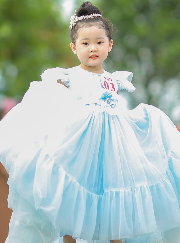 Mẫu nhí lai Hàn – Việt Kang Su A giành giải cuộc thi tìm kiếm tài năng nhí Angel Baby 2020 - Ảnh 1.