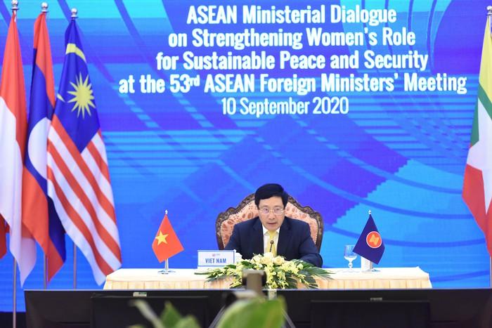 Vai trò không thể thiếu của phụ nữ ASEAN trong xử lý xung đột và thúc đẩy hòa bình bền vững - Ảnh 1.