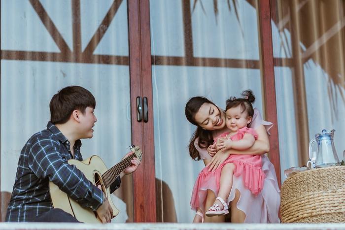 Cặp đôi Nguyễn Ngọc Anh - Tô Minh Đức và con gái MiA