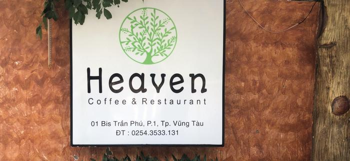 Chủ quán cà phê Heaven thừa nhận đổ rác xuống biển, quán bị đề nghị rút giấy phép kinh doanh - Ảnh 1.