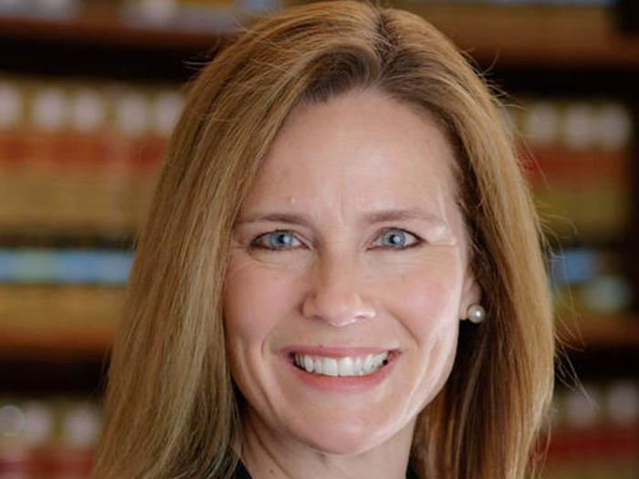 Tổng thống Mỹ Donald Trump đề cử nữ thẩm phán mới cho Tòa án Tối cao  - Ảnh 2.