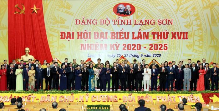 Đồng chí Lâm Thị Phương Thanh tái đắc cử Bí thư Tỉnh ủy Lạng Sơn - Ảnh 1.