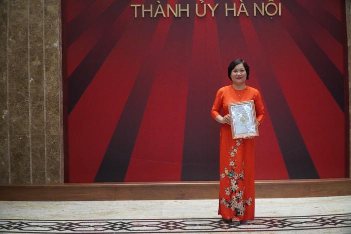 Vinh danh 66 tác phẩm báo chí xuất sắc về Xây dựng Đảng và phát triển văn hóa Hà Nội - Ảnh 4.
