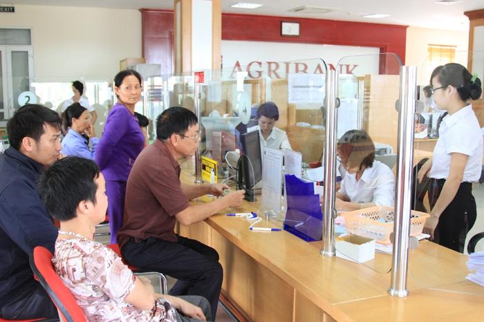 """Gia tăng nguồn vốn phục vụ tiêu dùng tại địa bàn """"Tam nông"""", Agribank kiên định mục tiêu đẩy lùi nạn tín dụng đen - Ảnh 2."""