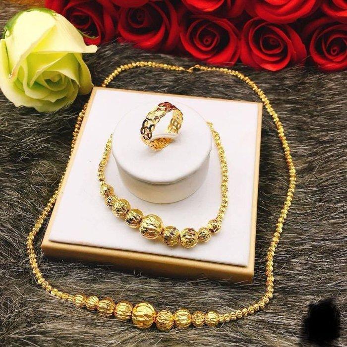 """Dùng trang sức """"vàng non"""": Bỏ tiền thật để mua vàng mỹ ký - Ảnh 1."""