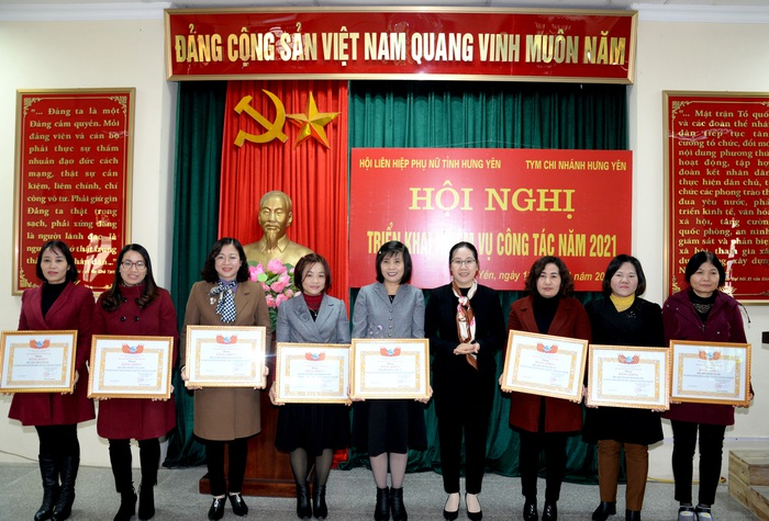Hưng Yên: Hàng nghìn hoạt động thiết thực chăm lo cho phụ nữ, trẻ em - Ảnh 1.