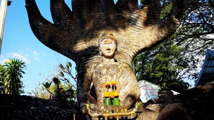 Độc đáo những bức tượng rắn trong các ngôi chùa ở Thủ đô Viêng Chăn - Ảnh 7.